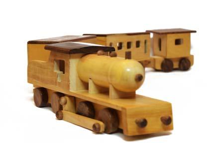 Aatike Train Large